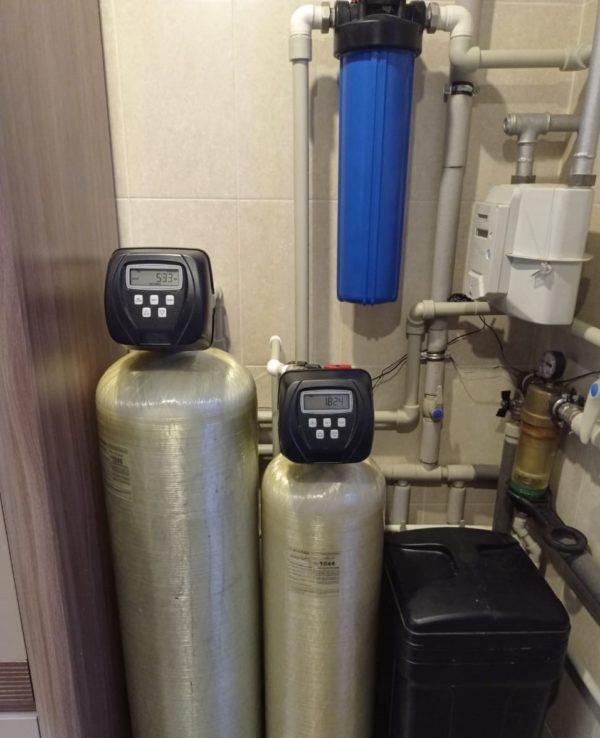 Система умягчения и обезжелезивания- комплексные системы с воздушной подушкой.